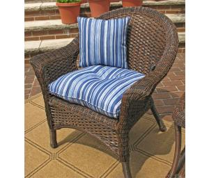 Wicker Chairs & Ottomans