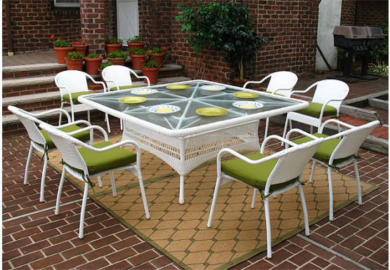 "ResinWicker Dining Set 66"" Square with Cushons - WHITE"