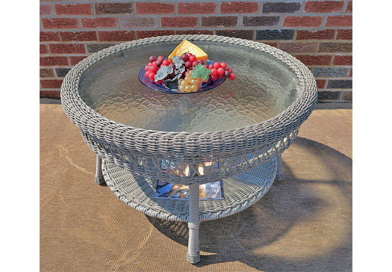 """Belaire Round  Resin Wicker Cocktail or Coffee Table with Glass Top 19.5"""" high - DRIFTWOOD"""