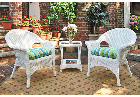 3-Piece Veranda Chat Set with Round Table and Cushions - 3-Piece Veranda Chat Set with Round Table and Cushions