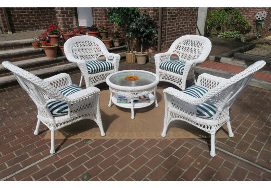 """Madrid Resin Wicker Conversation Set with  19.5"""" High Cocktail Table  - WHITE"""