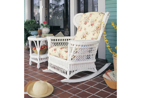 Admirable Vintage Natural Wicker Rocking Chair Spiritservingveterans Wood Chair Design Ideas Spiritservingveteransorg