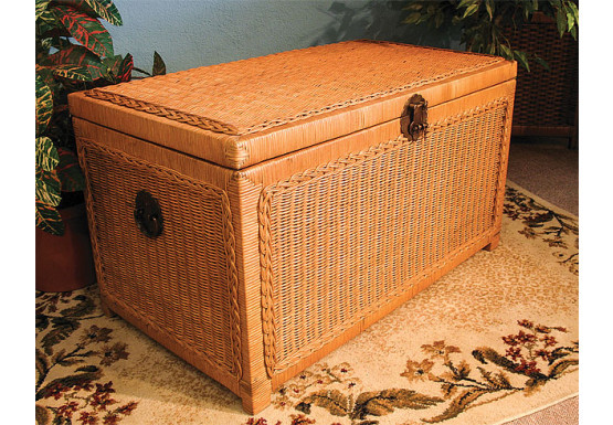 Wicker Trunks or Chests, Large Woodlined Caramel - Wicker Trunks or Chests, Large Woodlined Caramel