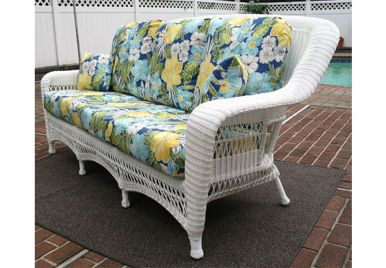 Palm Springs Resin Outdoor Wicker Sofa  - WHITE