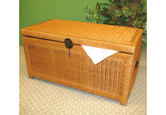 Wicker Trunks or Chests, Small Woodlined Caramel - Wicker Trunks or Chests, Small Woodlined Caramel