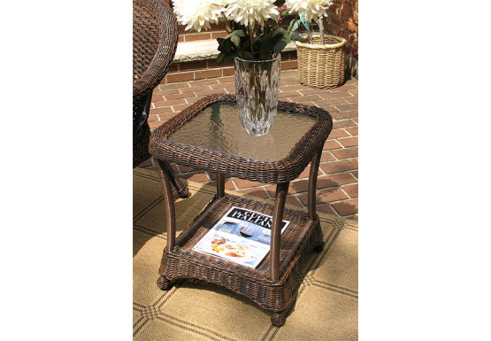 Strange Veranda Resin Wicker End Table With Inset Glass Top Pabps2019 Chair Design Images Pabps2019Com