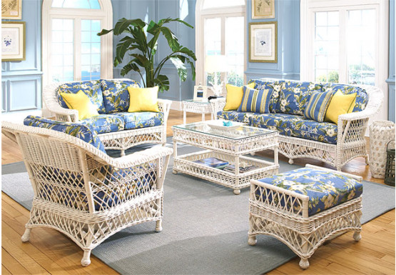 5 Piece Harbor Beach Wicker Furniture Set - WHITE