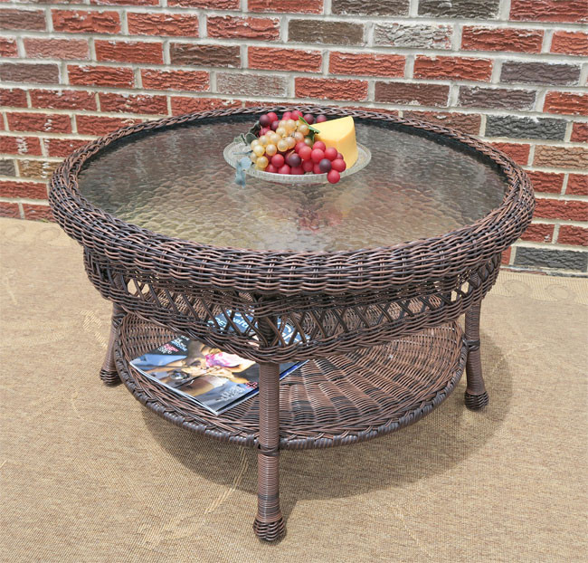 Belaire Round Resin Wicker Tail Or Coffee Table With Gl Top 19 5 High