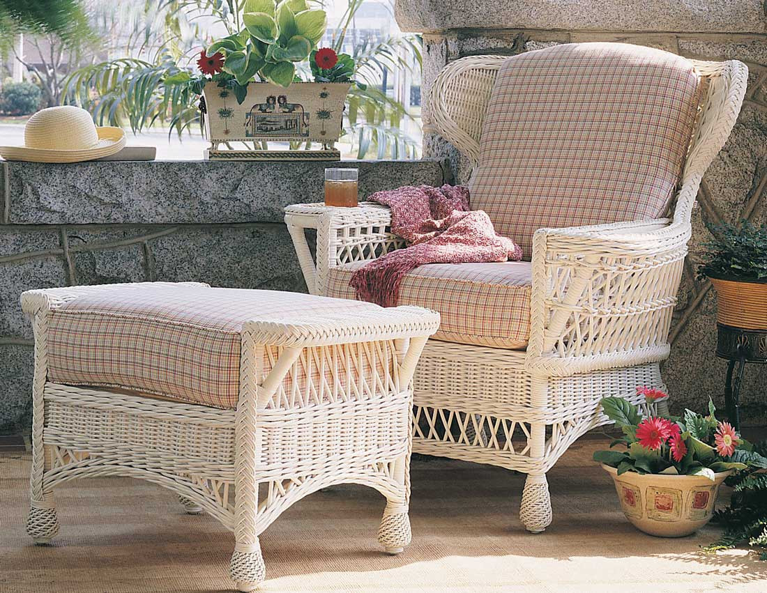 Vintage Natural Wicker Chair
