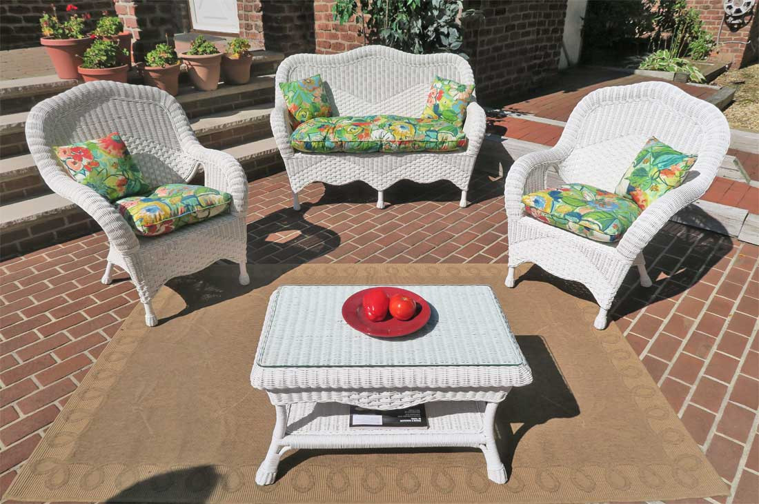 4 Pc Naples Wicker Set With 2 Chairs