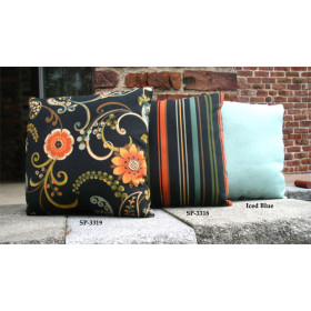 """Set of (2)- 15"""" Indoor/Outdoor Throw Pillows"""