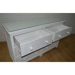Augusta 6- Drawer Dresser with Glass Top ( W + WW Here 11/10/21 - DRAWER DETAIL