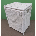 Large Wicker Hamper with Cloth Lining, White - WHITE